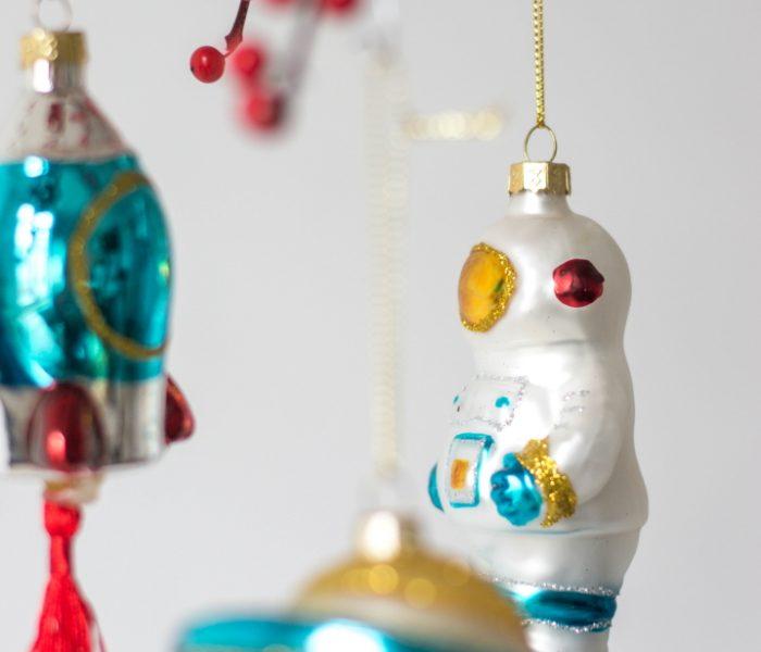 Kitsch Kerst | De mooiste Kitsch Kerstballen 2019.